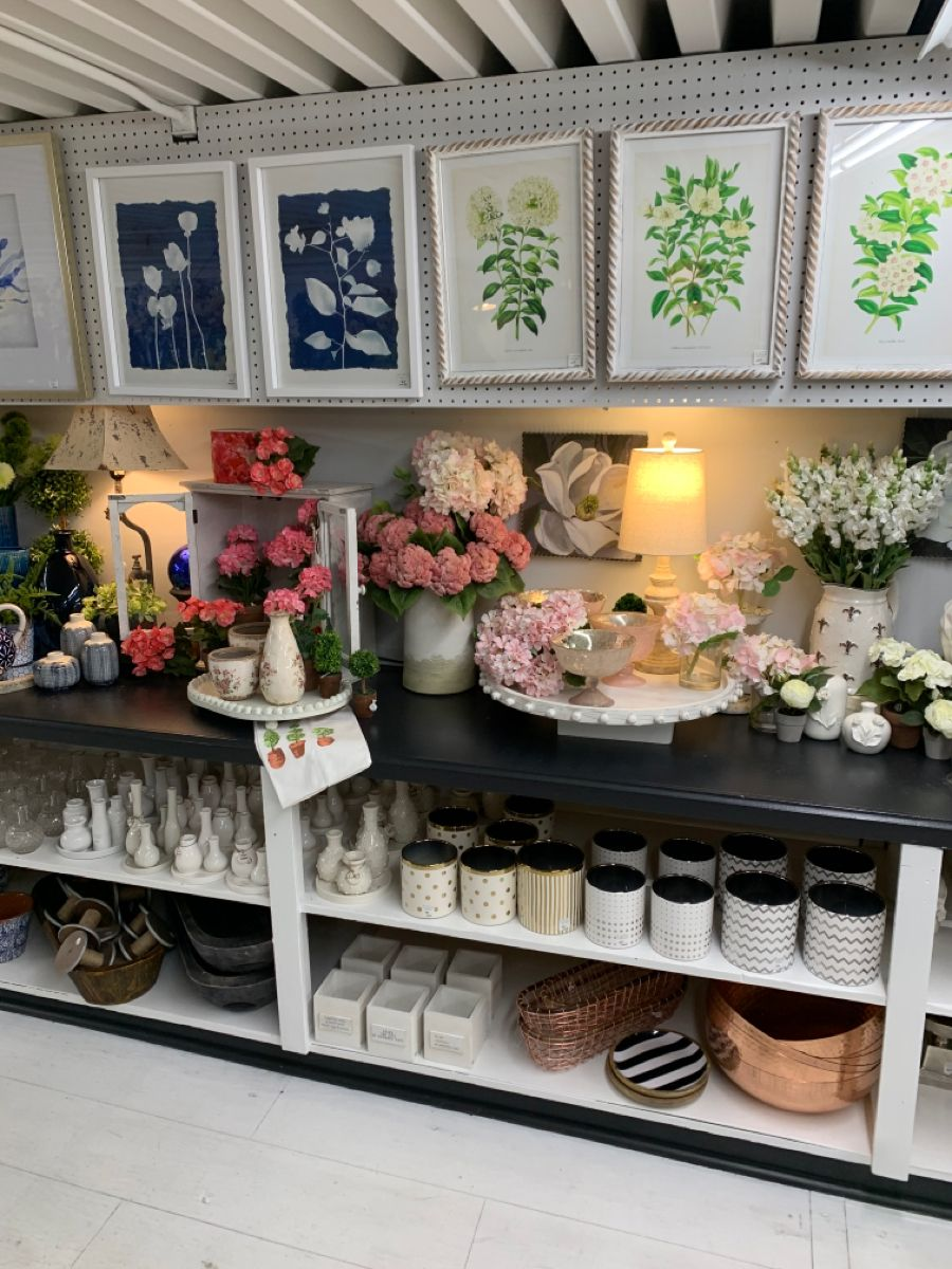 #flowers #floral #floralarrangements #silks #spring #trendy #colorful #homedecorideas #homedecordiy #homedecoration