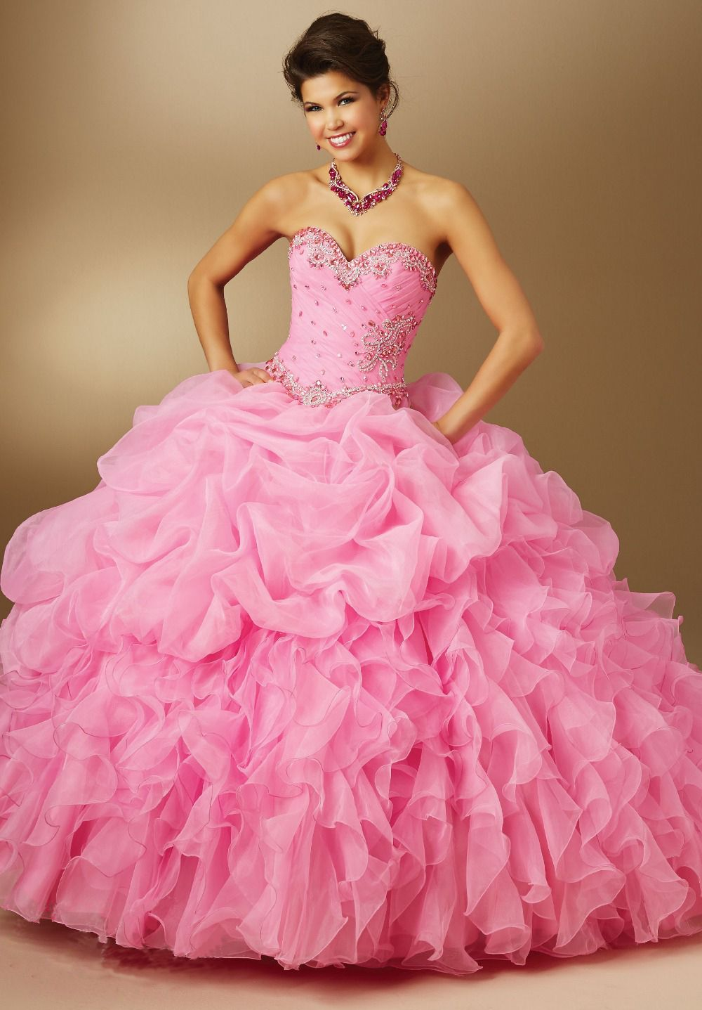Fashion New 2016 Ball Gown Organza With Beads Quinceanera Dress ...