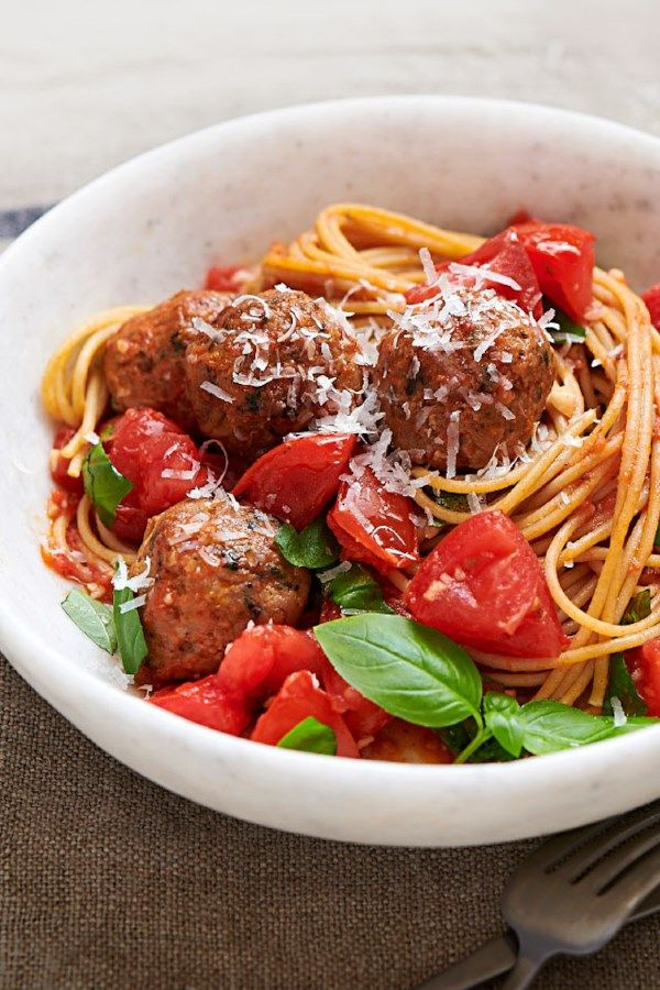 Spaghetti & Chicken Meatballs with No-Cook Tomato Sauce images