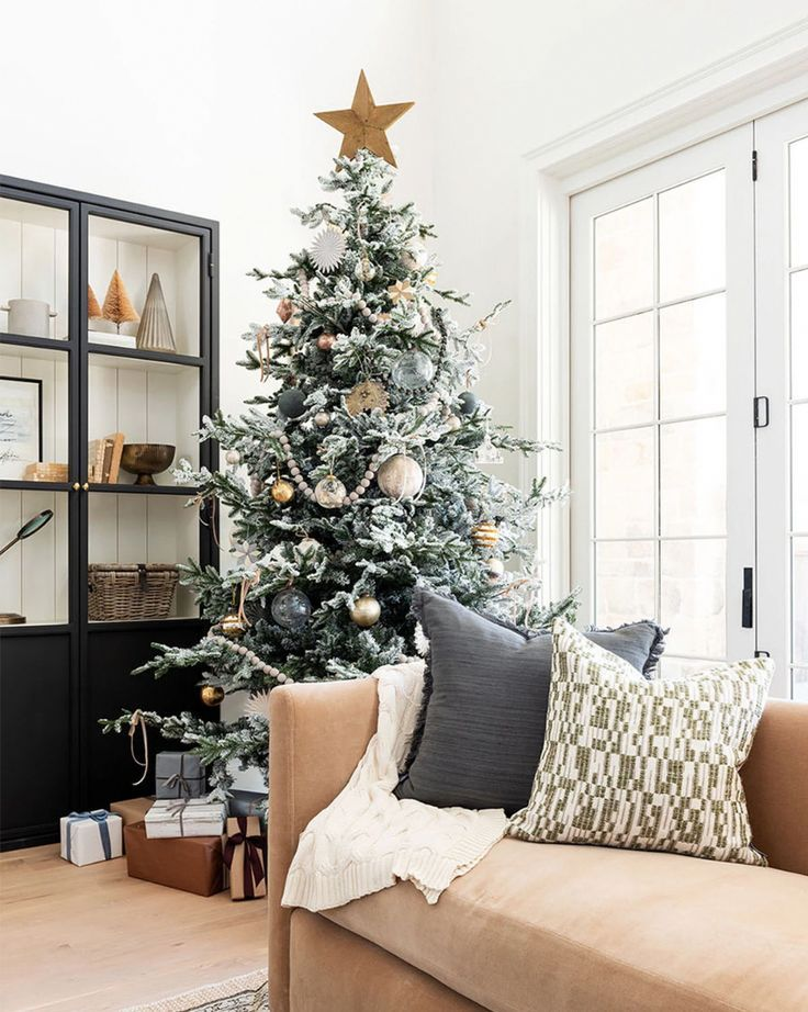 Molley Pillow Cover -   17 christmas tree inspiration simple ideas