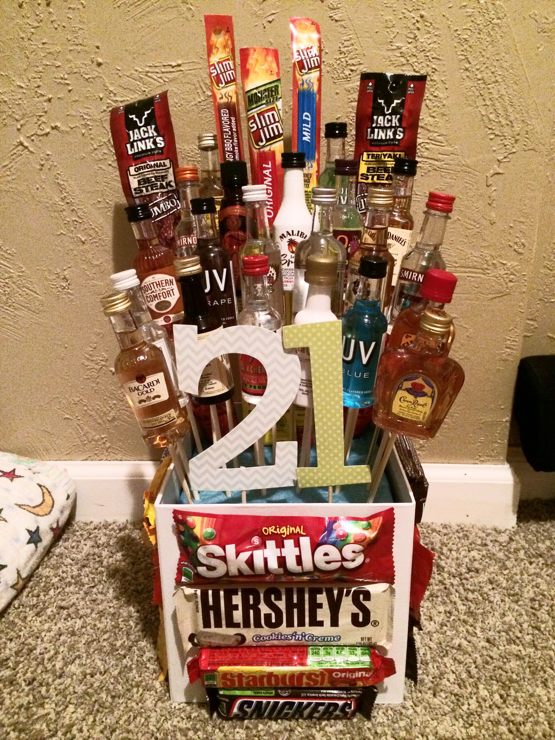 Pin By Haley Ferguson On Gifts 21st Birthday Gifts 21st