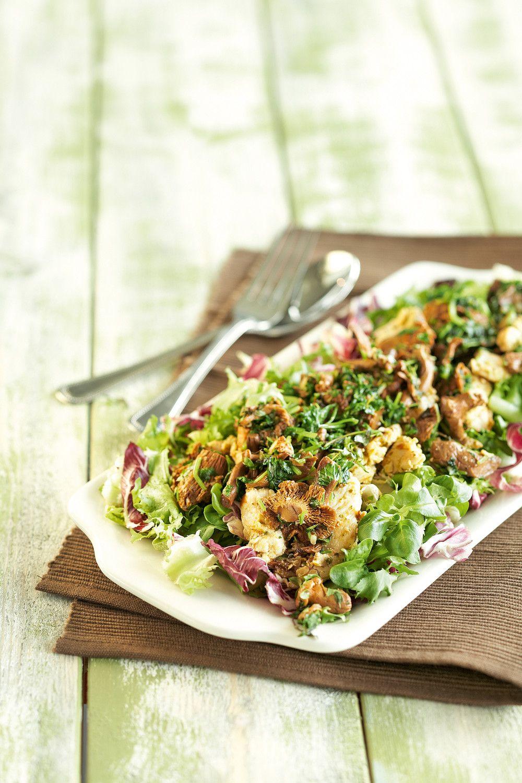 Lämmin broileri-kantarellisalaatti | K-ruoka #sienet