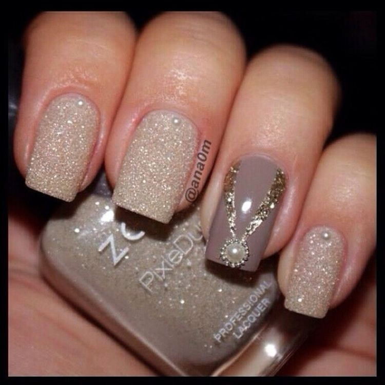 Sparkly grey bridal nails | Dark Bridal Nails | Pinterest | Bridal ...