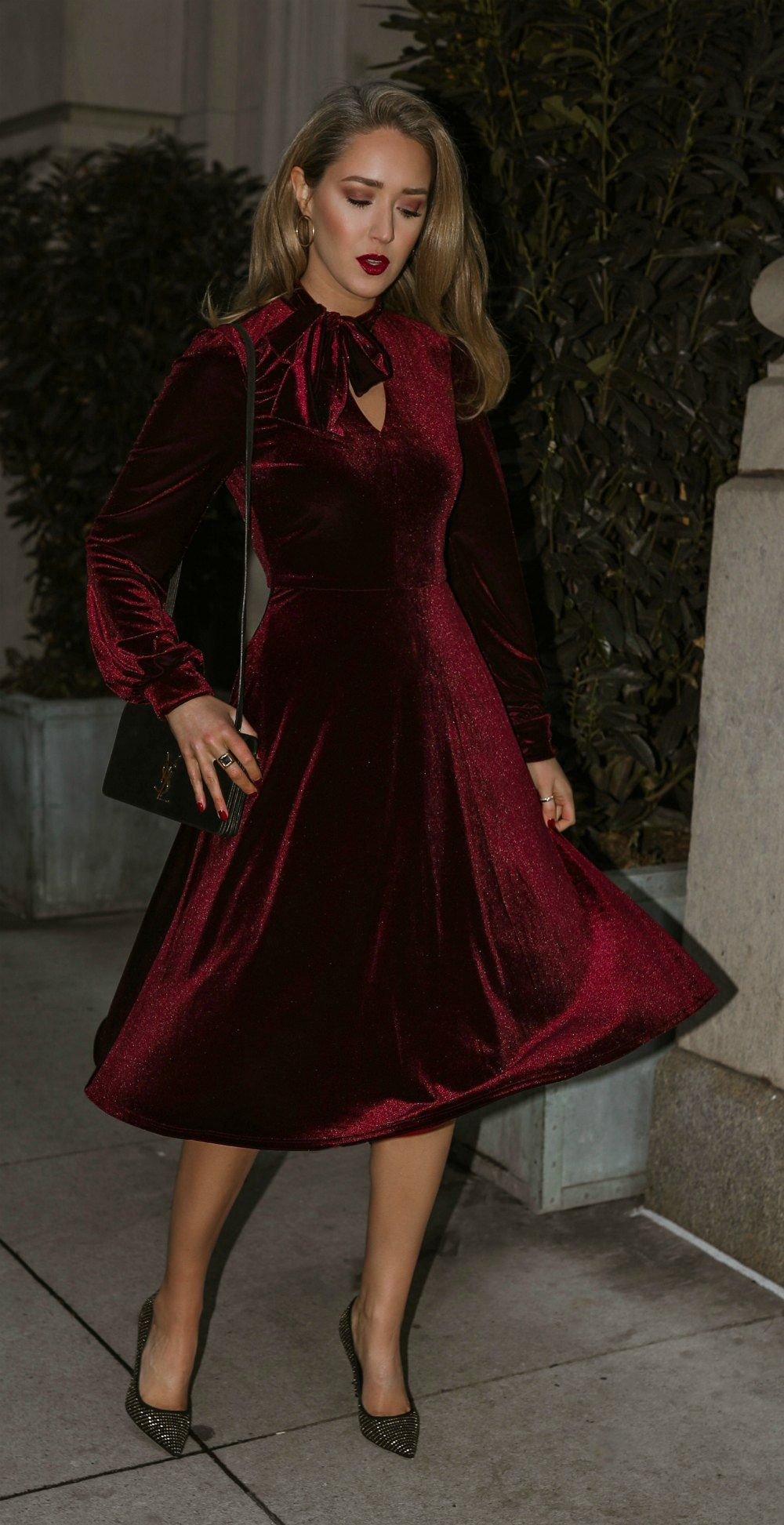 Click For Outfit Details Burgundy Velvet A Line Dress With Tie Neck Long Peasant Sleeves Black Gold Stud Velvet Dresses Outfit Fashion Velvet Fashion [ 1945 x 1000 Pixel ]