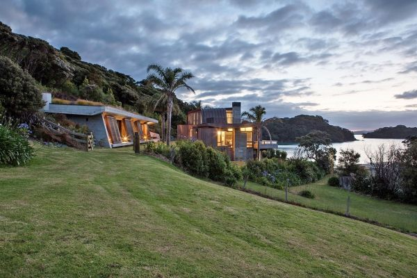 Rawhiti Bach By Studio Pacific Architecture House Extension
