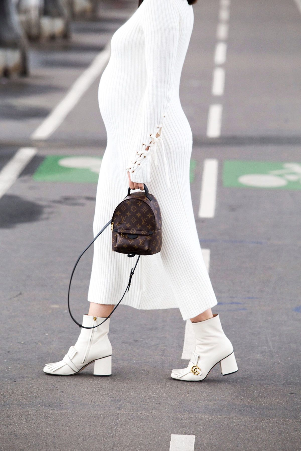 8d7efcd7775 Louis Vuitton Palm Springs backpack and Gucci Marmot boots in white - all  white look