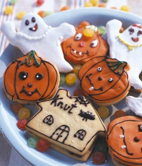 Halloween Rezepte Zum Trinken.Halloween Rezepte Schaurige Grusel Snacks Nougat Rezept Essen Und Trinken Snack Ideen