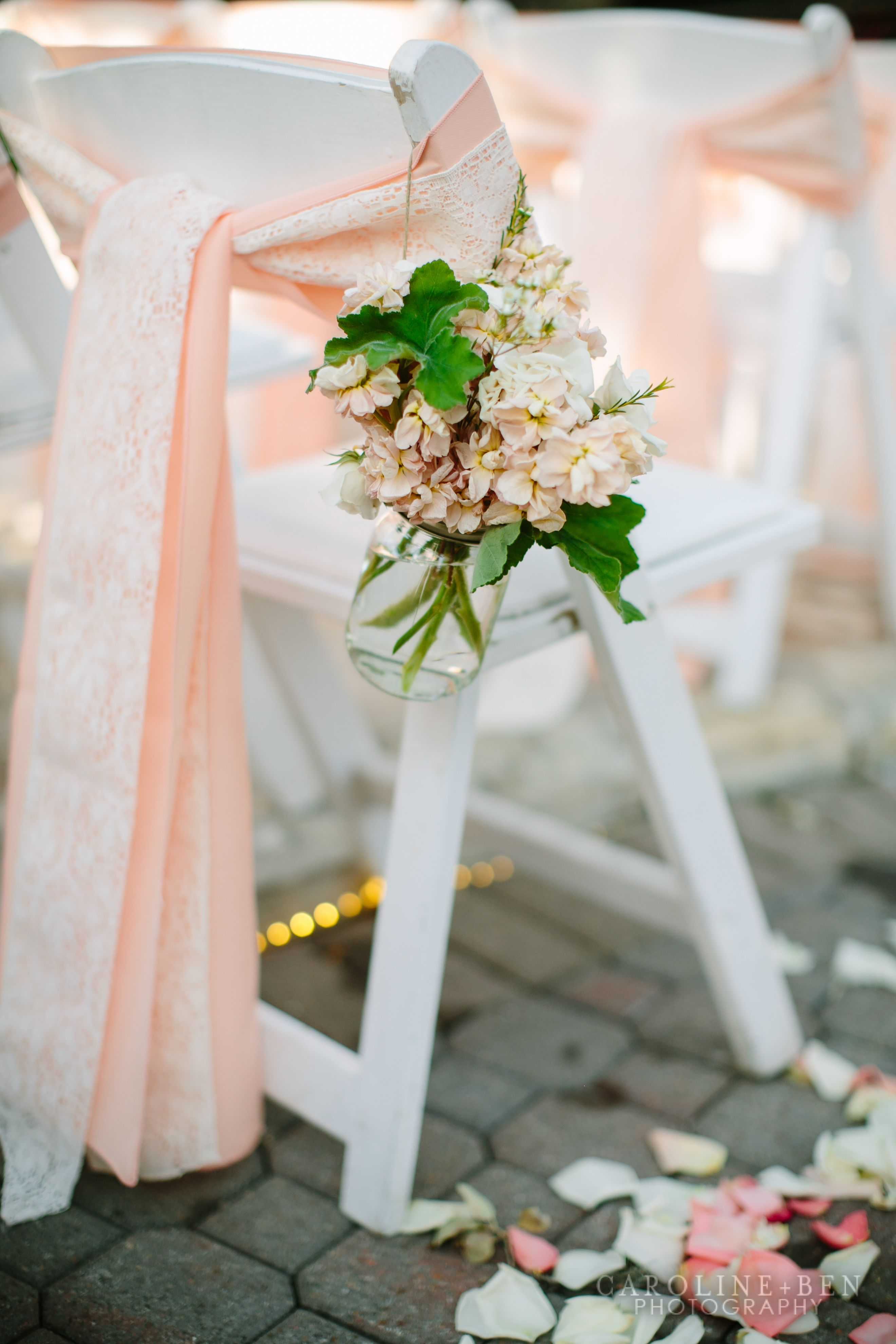 Wedding Styling Ideas Aisle Decor Lace And Peach Ribbon Wedding Styles De Mariage Chaises De Mariage Et Tulle Mariage