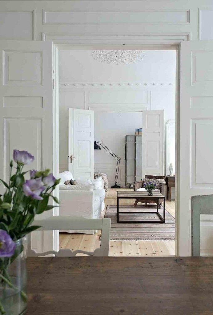 Wohnzimmer im skandinavischen Landhausstil aus dem Buch Nordic ...