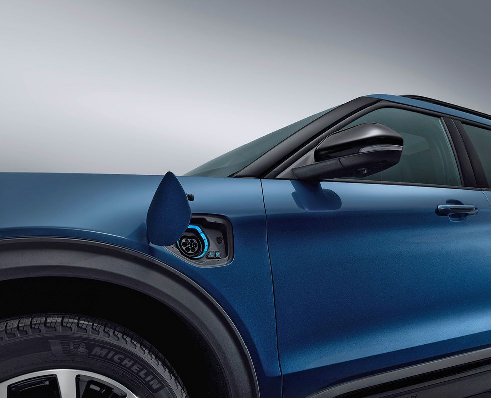 2020 Porsche Cayenne Coupe First Look Veículos