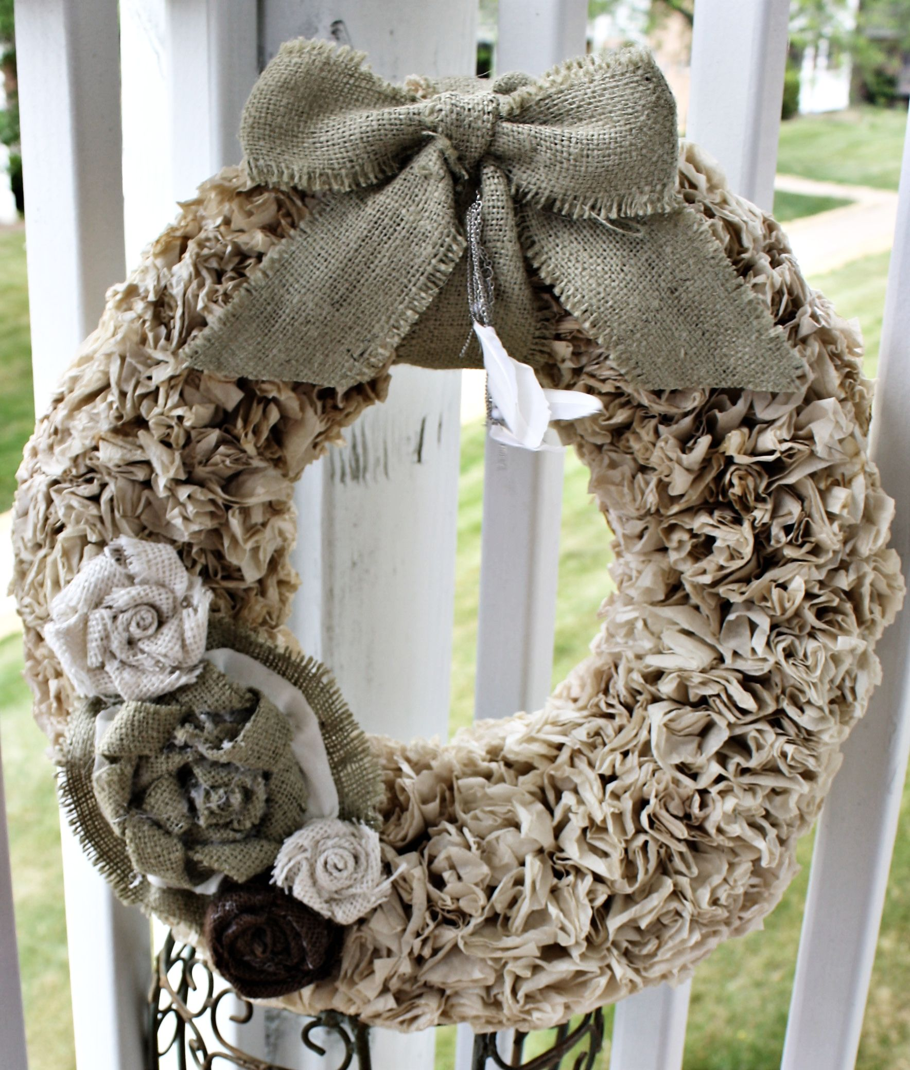 Project #1: Tea-stained coffee filter wreath with feathers, burlap bow and flowers