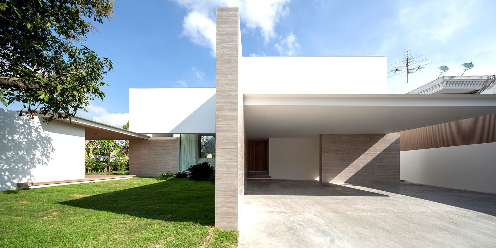 Gallery of PA House IDIN Architects