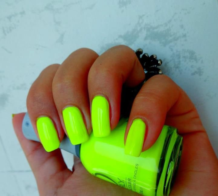 30 Bright And Fun Neon Nails With Images Neon Nails Neon Nail