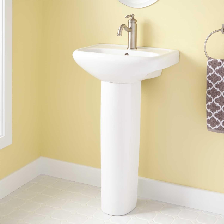 Cayuca Porcelain Pedestal Sink