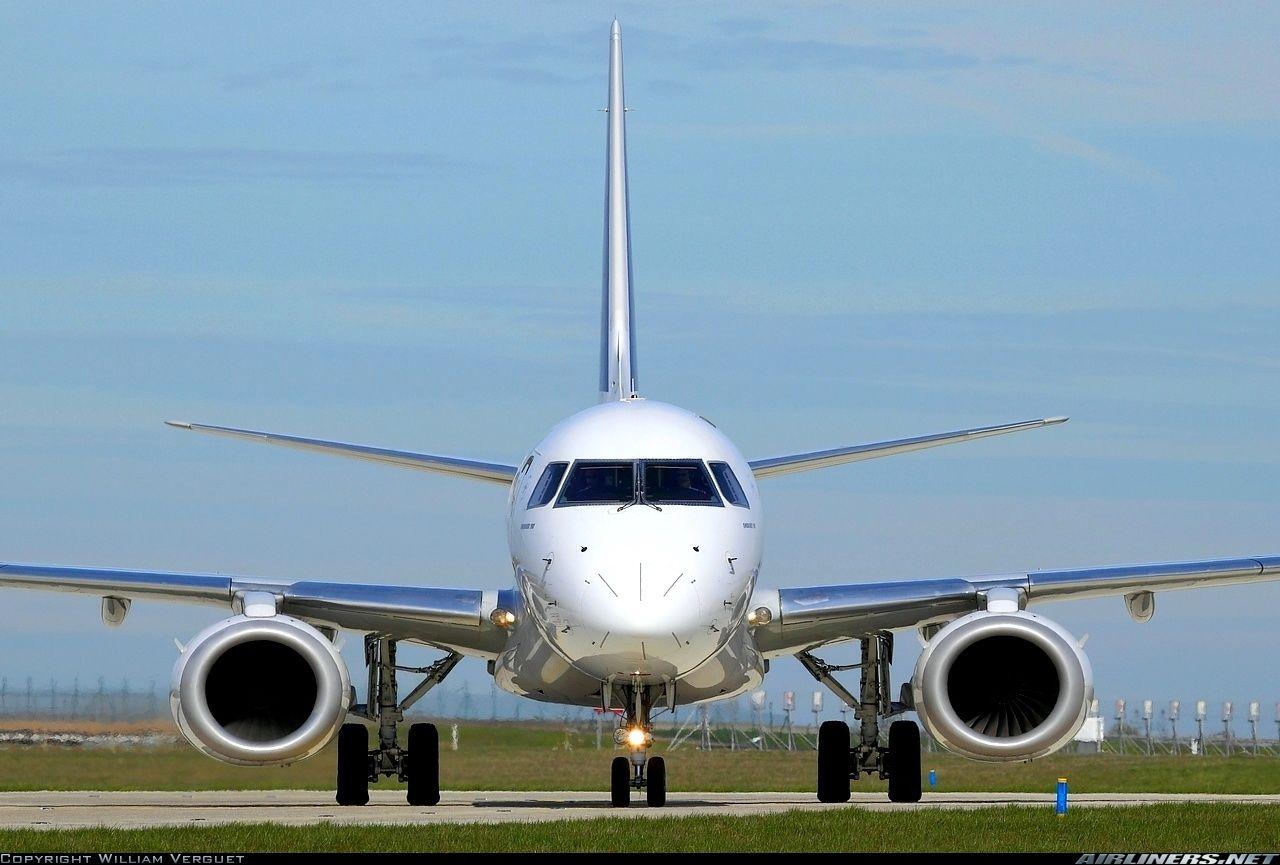 Embraer ERJ190100STD 190STD aircraft picture