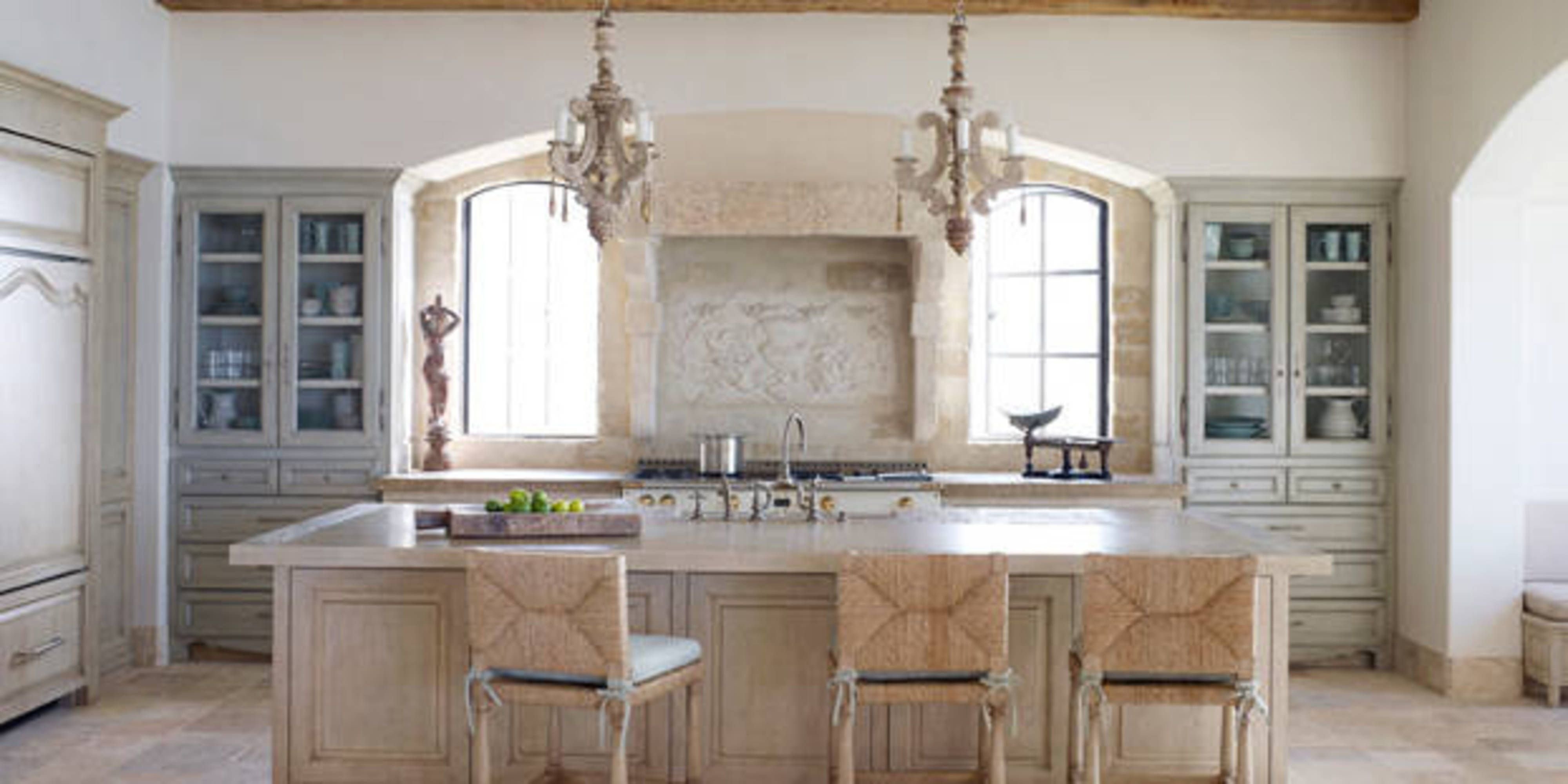 Feast Your Eyes On These 42 Stylish Kitchen Ideas | Verandas ... on cote de texas kitchens, candice olson kitchens, beautiful black kitchens, architectural digest kitchens, patio kitchens, coastal living kitchens, extremely tiny kitchens, this old house kitchens, fireplace kitchens, most beautiful kitchens, suzanne kasler kitchens, pinterest kitchens, stratosphere kitchens, 1890's kitchens, cape cod kitchens, nice looking kitchens, domino kitchens, cottage living kitchens, flip or flop kitchens,