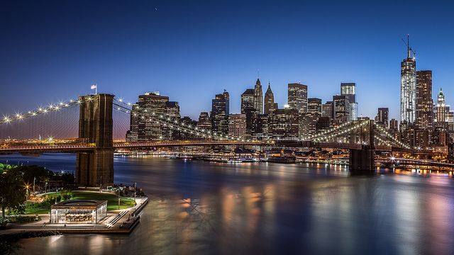 Come Into The City By Way Of The Brooklyn Bridge Make Sure To Pay Us A Visit Flickr Photo New York Wallpaper Brooklyn Bridge New York Urban Landscape Brooklyn bridge hd wallpaper