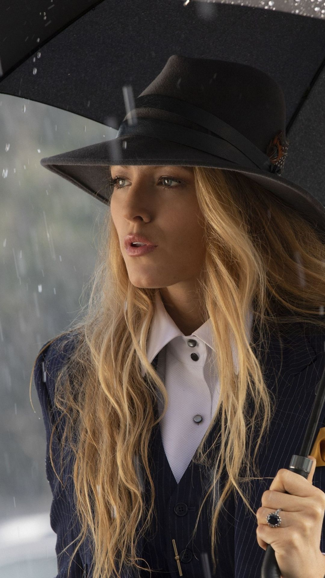 Movie A Simple Favor Blake Lively With Umbrella 1080x1920 Wallpaper Blake Lively Style Fashion Blake Lively