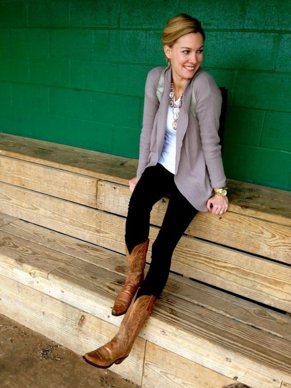 1000  images about Cowboy boots outfit ideas on Pinterest | Brown ...