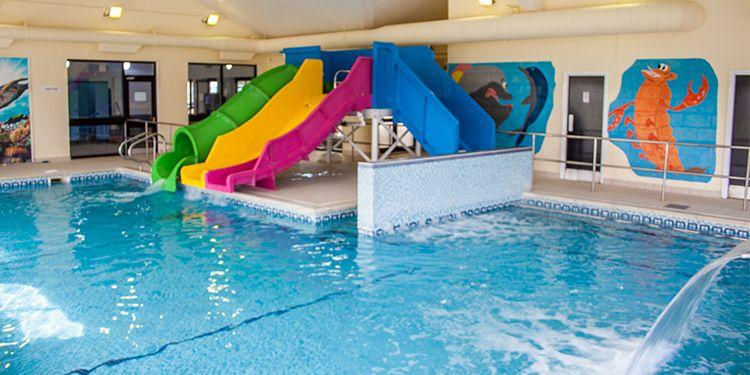 Caravan Hire Camping Holidays In Scarborough Filey Crows Nest Caravan Park Indoor Swimming Pools Swimming Pools Swimming Pool Designs