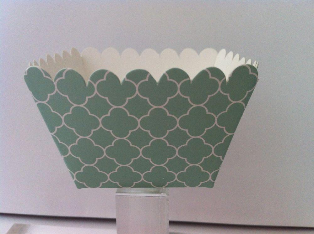 Cupcake baking boxes blowout 12 green quatrefoil design