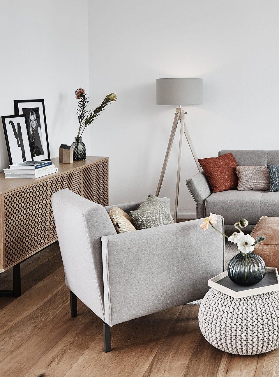 Was Ist Ein Pouf handgefertigter strickpouf dori poufs apartments and interiors