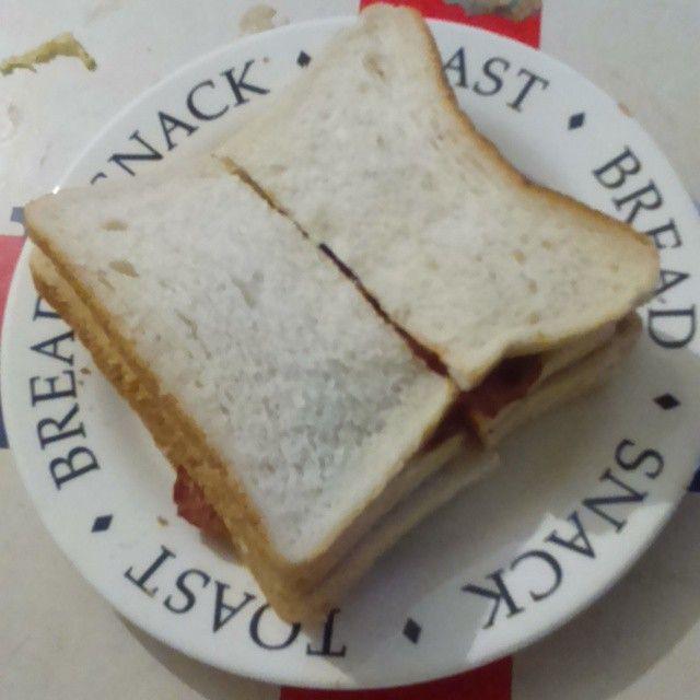 Bacon Sandwich @ my living room
