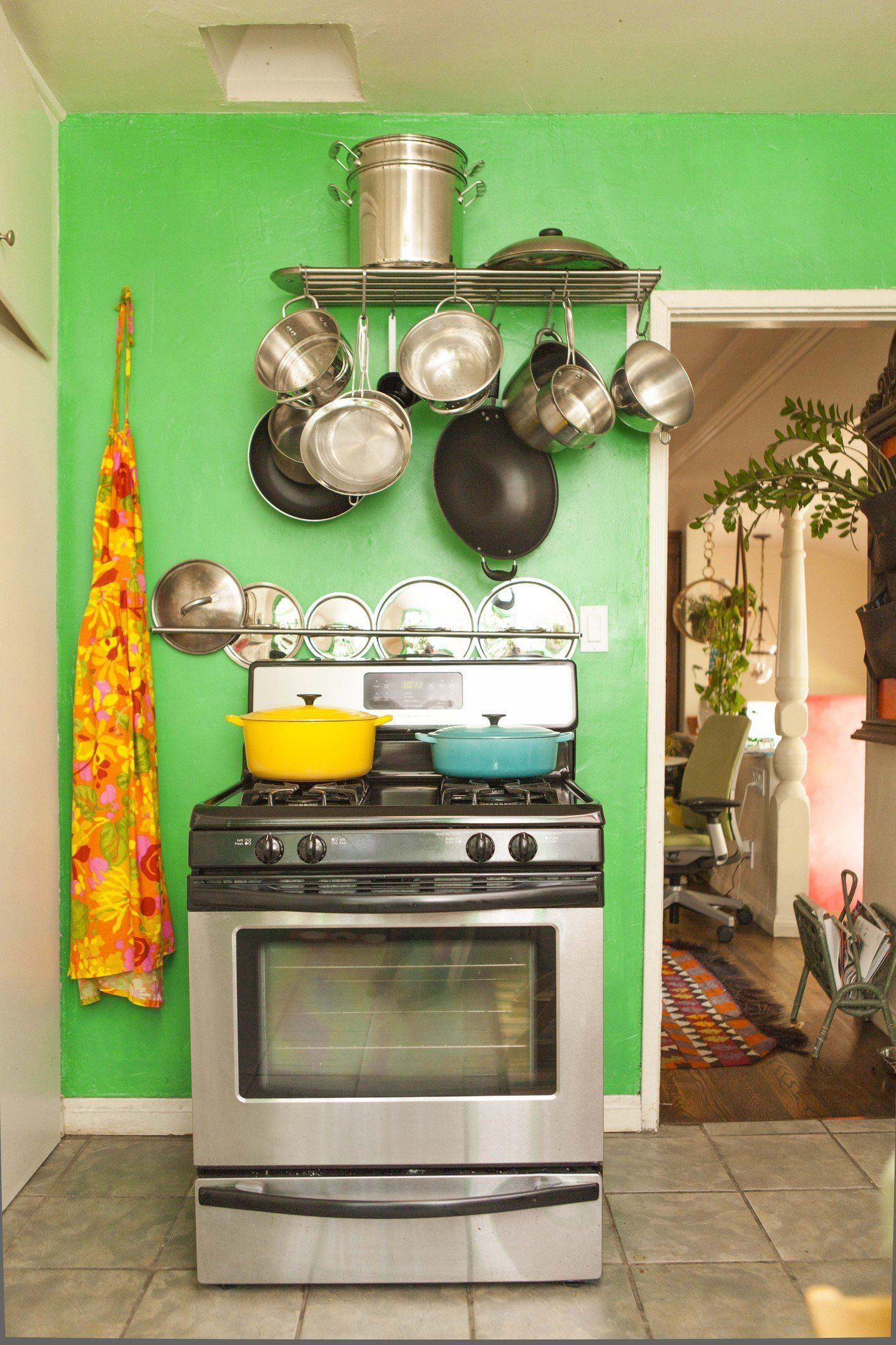 5 Important Things To Know About Baking In A Gas Oven Command Center Kitchen Kitchen Inspirations Gas Oven