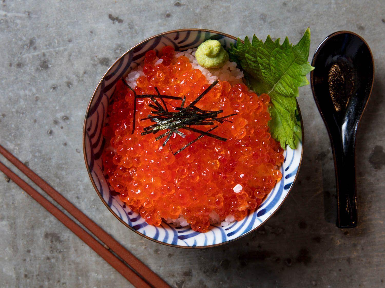Ikura Don Japanese Rice Bowl With Salmon Roe Recipe Salmon Roe Cooking Salmon Asian Recipes