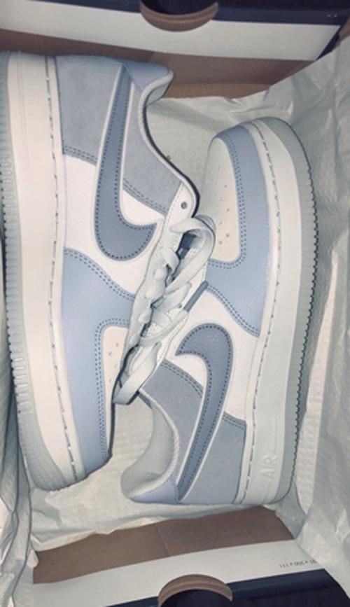 Original Nike Air Sport Shoes