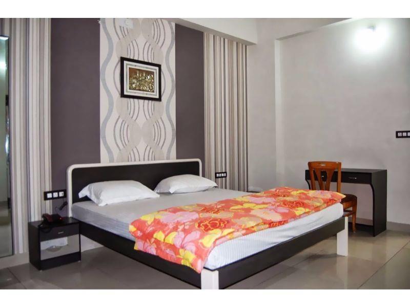 Vista Rooms @ Fateh Sagar Lake Udaipur, India