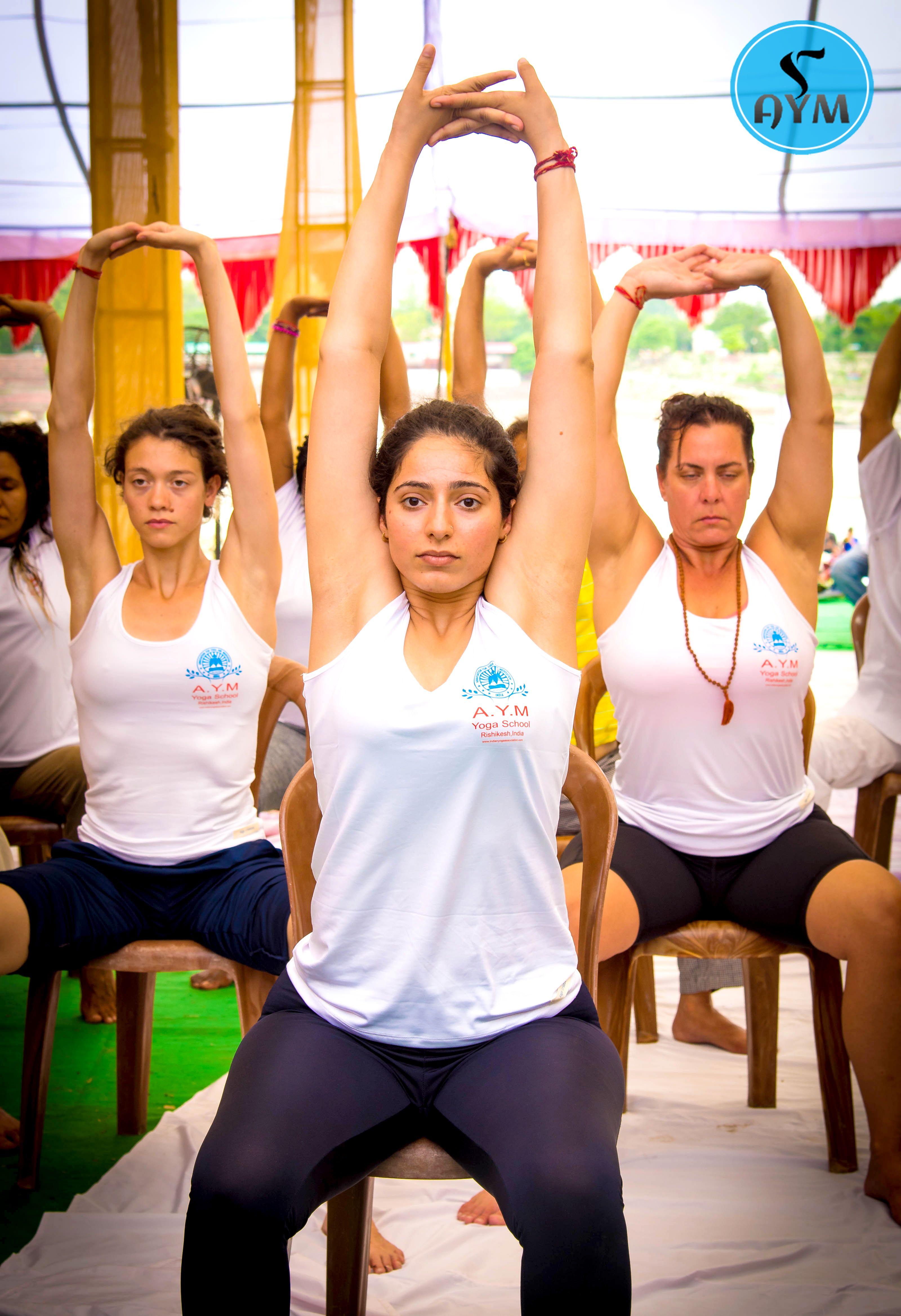 Chair Yoga #yoga #yogaposes #yogalove   Ashtanga yoga ...