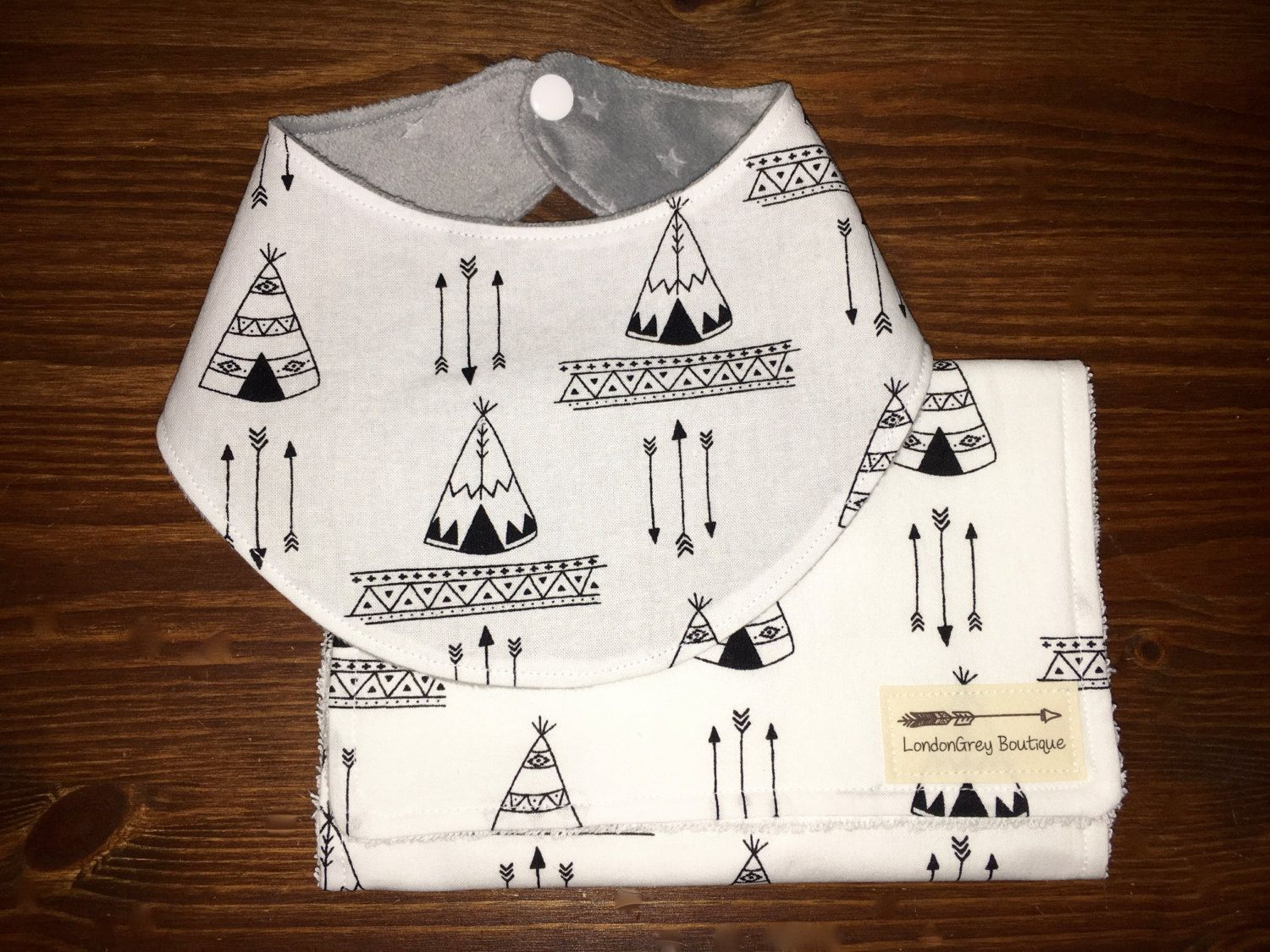 Bandana Bib and Burp Cloth set, Tepees, Tribal by LondonGreyBoutique on Etsy