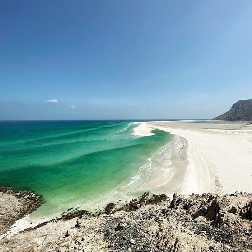 هل انت من محبي الشواطئ وتحب التقاط الصور على الشواطئ نعم قم بزيارة شواطئ سقطرى من خلال مجموعتنا Are You A Fan Of B Socotra Outdoor Beach