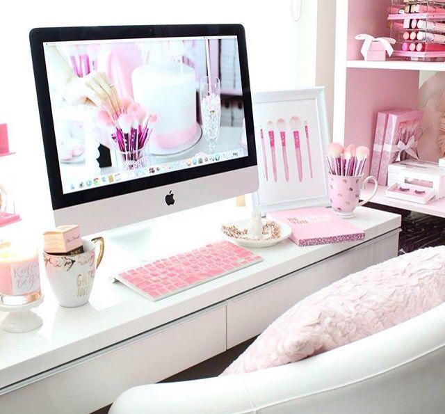 ♡ @StarbiesQueen ♡ room Pinterest White office, Pink white