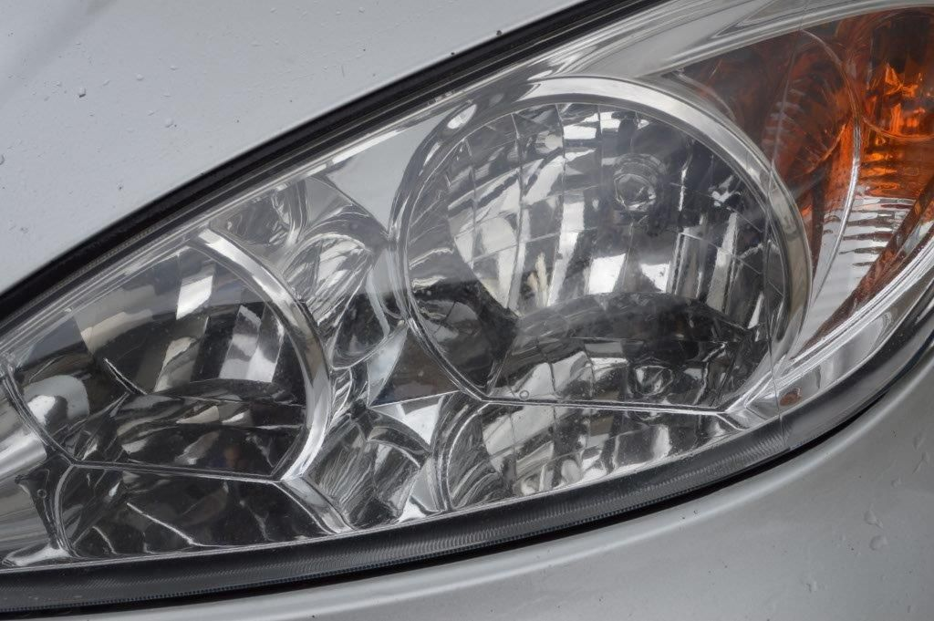 Easy DIY Cleaning Your Vehicle Headlights #cleaningcars