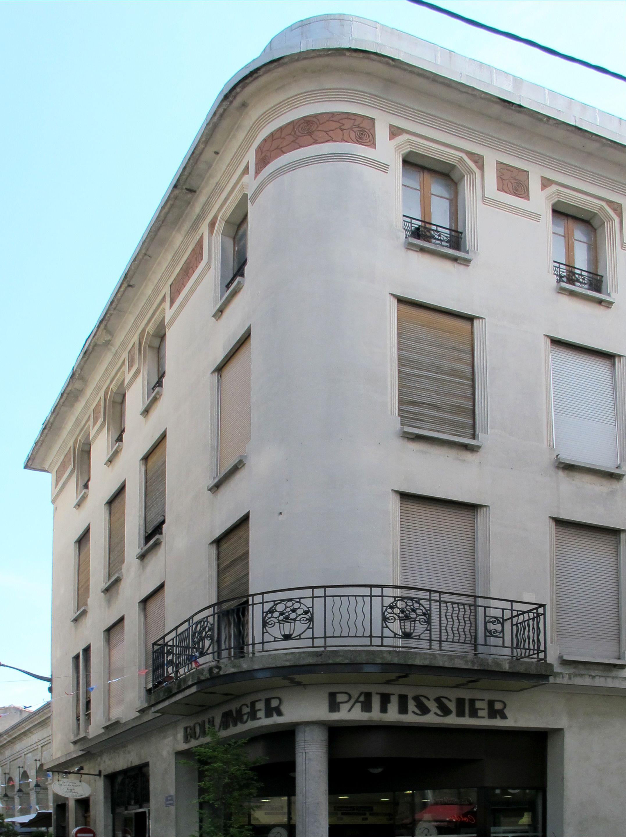 Carcassonne - Pascale Nallet JURIC- Jean   - François JURIC - artiste La Rochelle , ile de Ré  - french artist - artiste peintre La Rochelle - Artiste Peintre ile de Ré