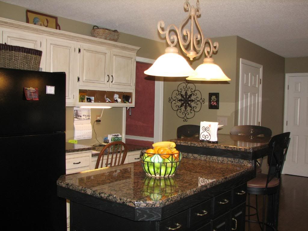 Best Black Island With Baltic Brown Granite Green Kitchen 640 x 480