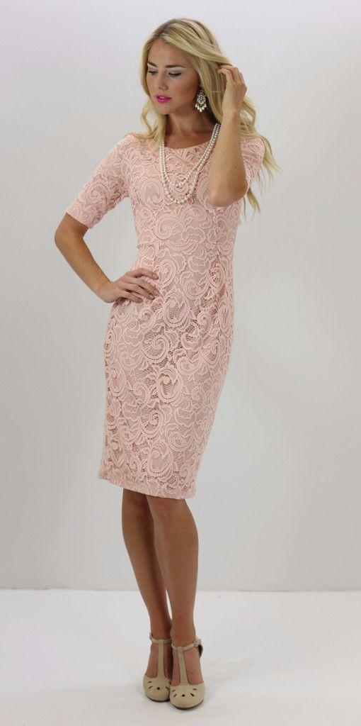 I think I need a peach lace dress | Wardrobe Love | Pinterest ...