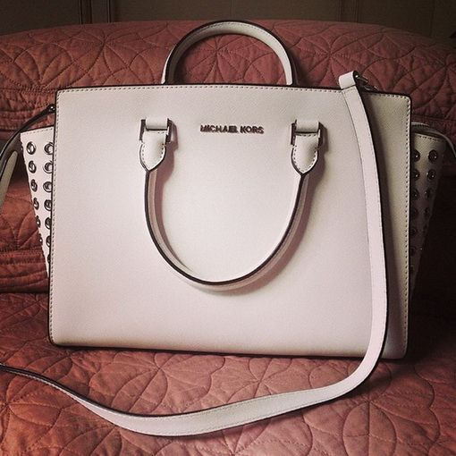 I m in heaven! Cheap Michael Kors Handbags Outlet Online Clearance ... 3dbd617c4941f