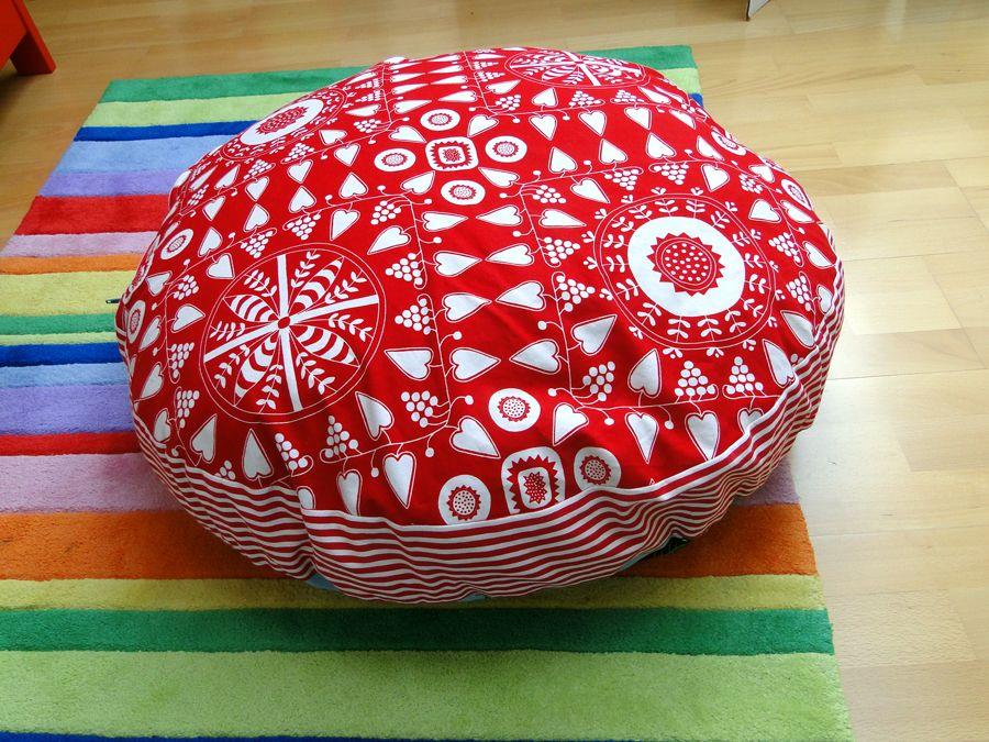 Textilien Kleben Statt Nähen : kissen n hen statt sommerferienprogramm bodenkissen ~ Watch28wear.com Haus und Dekorationen
