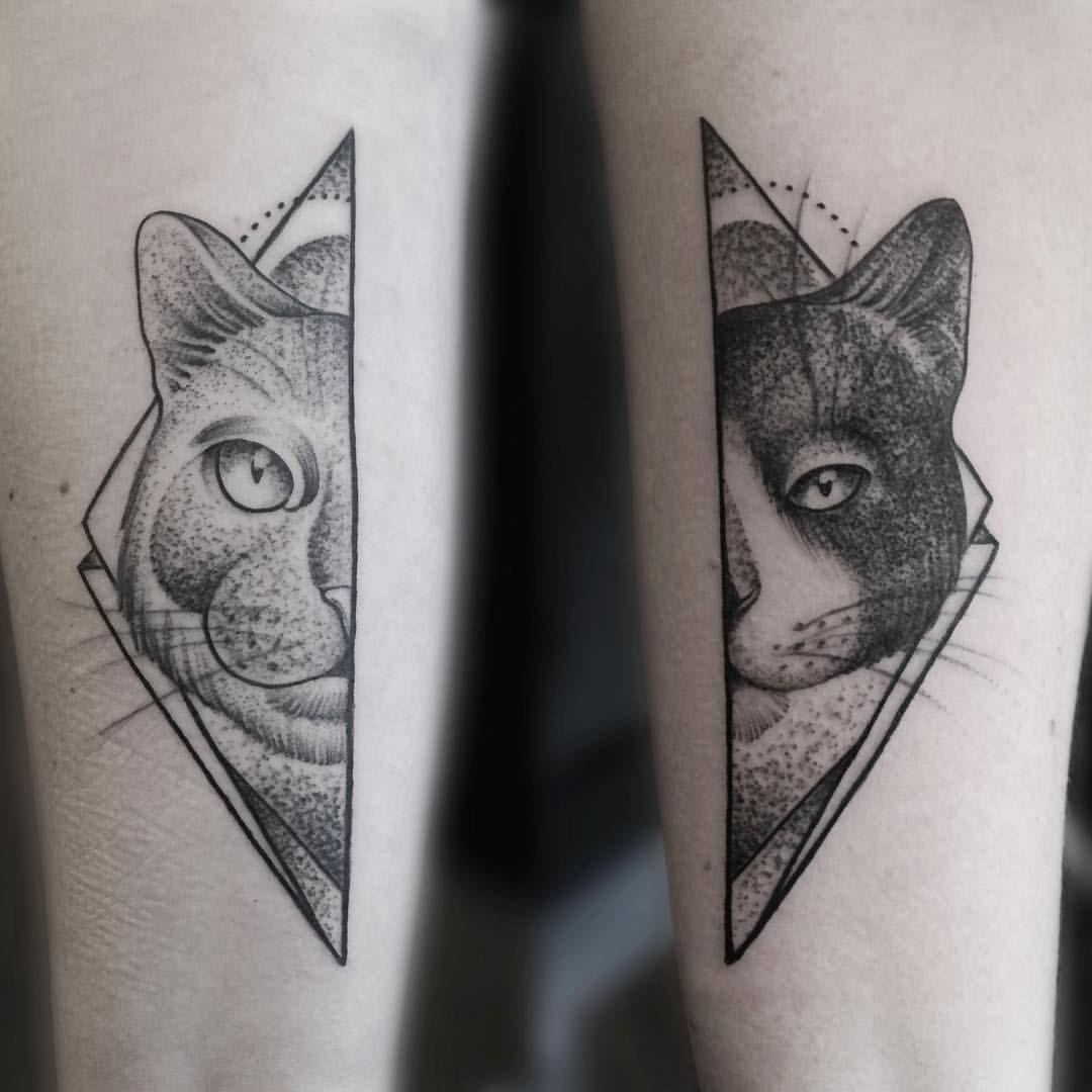 Geometric Tattoo Animal Hľadat Googlom Cat Face Tattoos Geometric Animal Tattoo