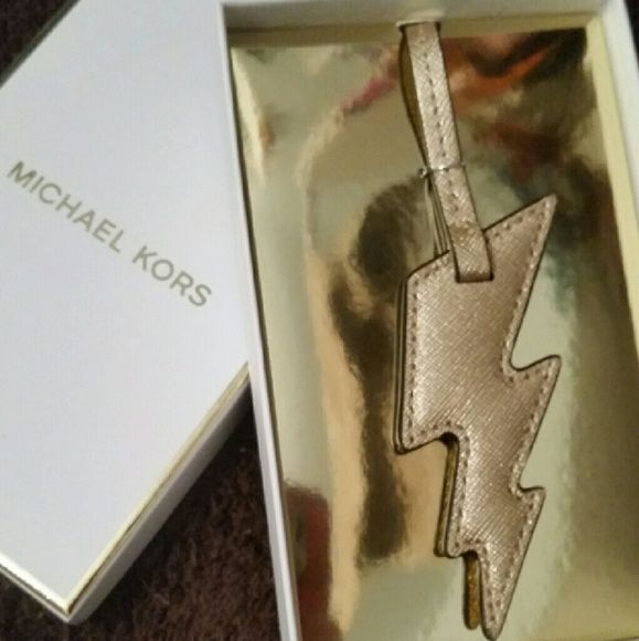MK Purse Charm In the color Pale Gold. Bnwt Saffiano leather Michael Kors Bags