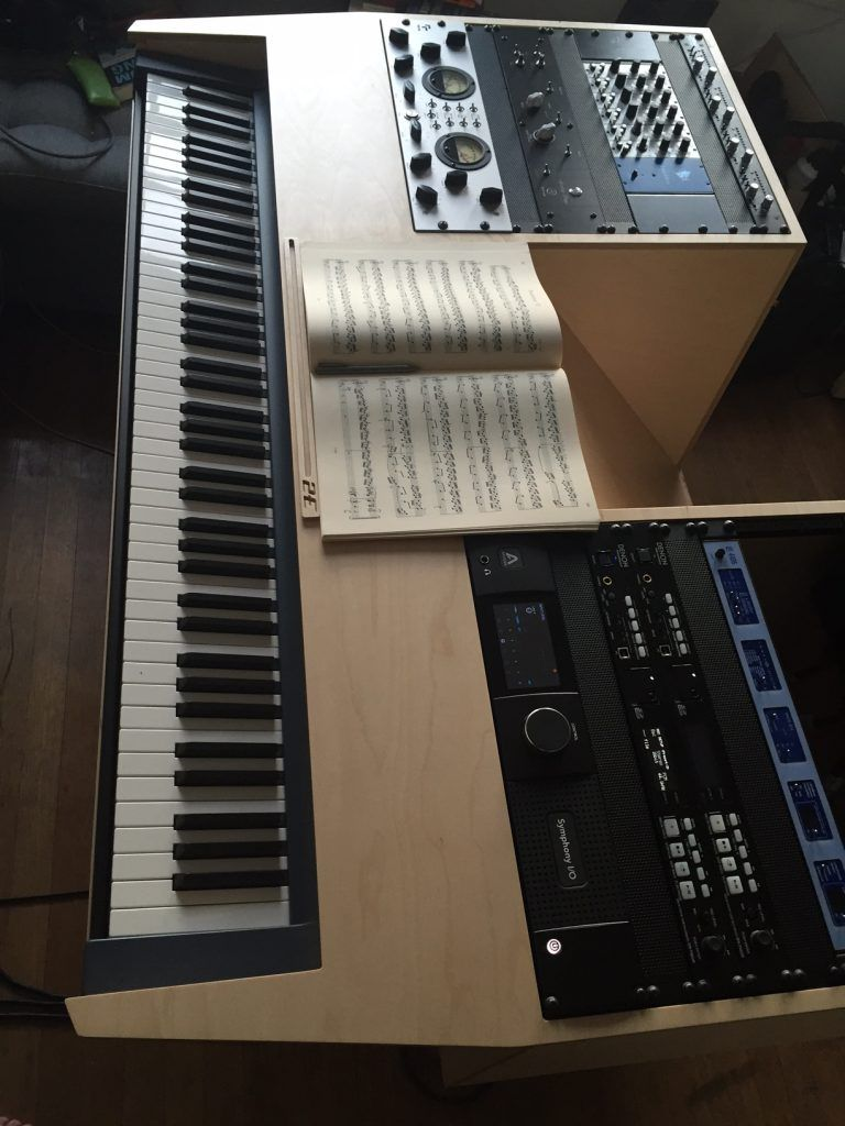 Recording studio furniture music studio desk 2egress for Studio furniture