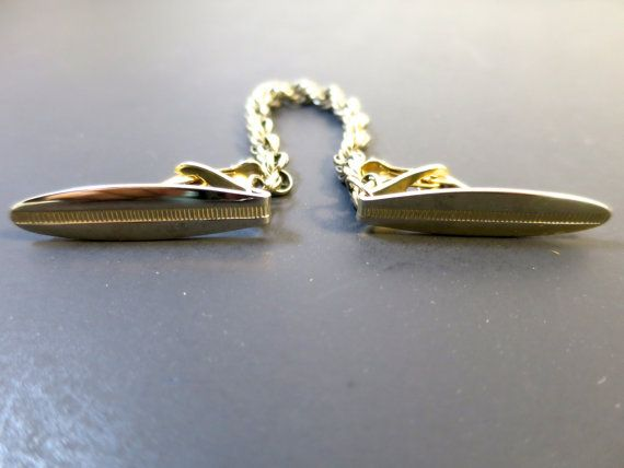 Gold Sweater Guard Oval Elongated Impressed Textured Bar Strip Heads Florentine Chain Large Clips 1950's Accessory