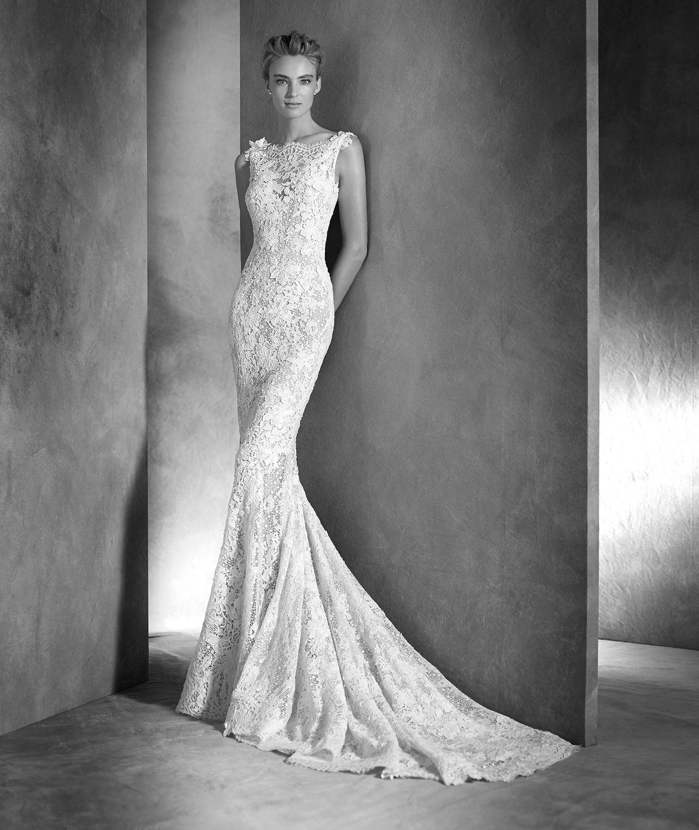 Guipure lace and gemstone dress atelier pronovias