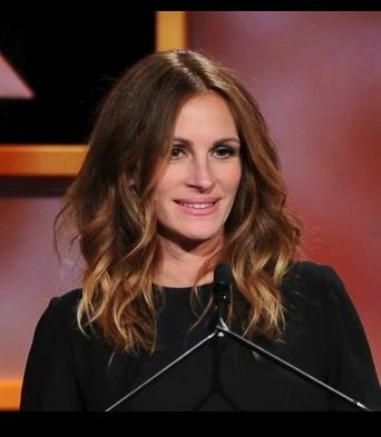 Pin By Heather Ballou On Glam Julia Roberts Hair Beautiful Hair Color Hairstyle