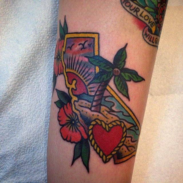 Kylecrowell California Endless Summer Thanks Lisa Torchtattoo At Torch Tattoo Tattoos Traditional Tattoo Body Art Tattoos