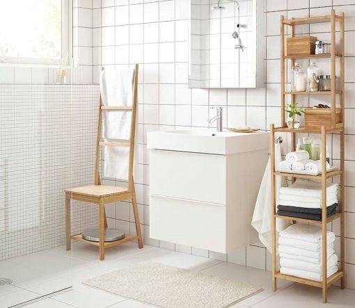 Rustikt bad med møbler fra SILVERÅN-serien i massiv furu og FRÄJEN ...