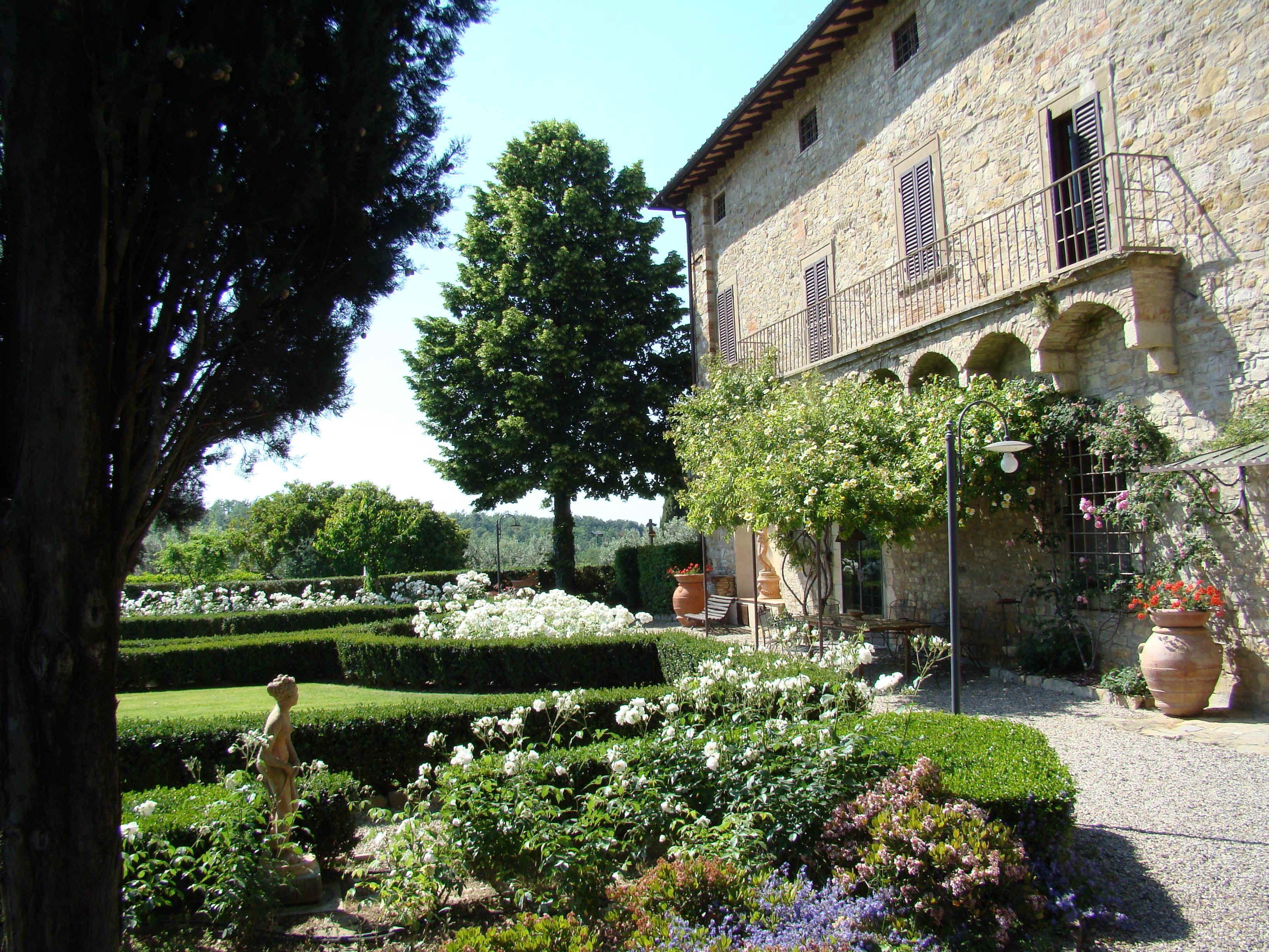 Tuscan garden 95 best tuscan gardens images